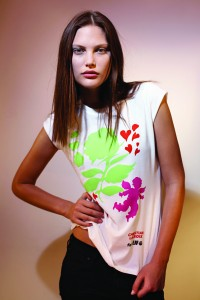 T-shirt Christian Lacroix - Environmental Justice Foundation- 35 € ( 30 £) © Phot d'Eric Guillemain pour www.ejfoundation.org